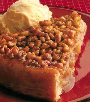 Caramel Date Cream Pie