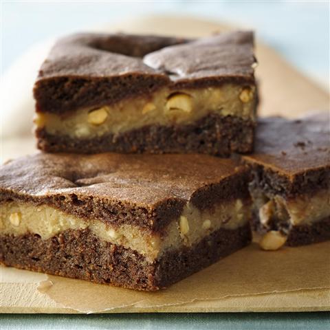 """""""Brownies"""" con Capa de Crema de Cacahuate"""