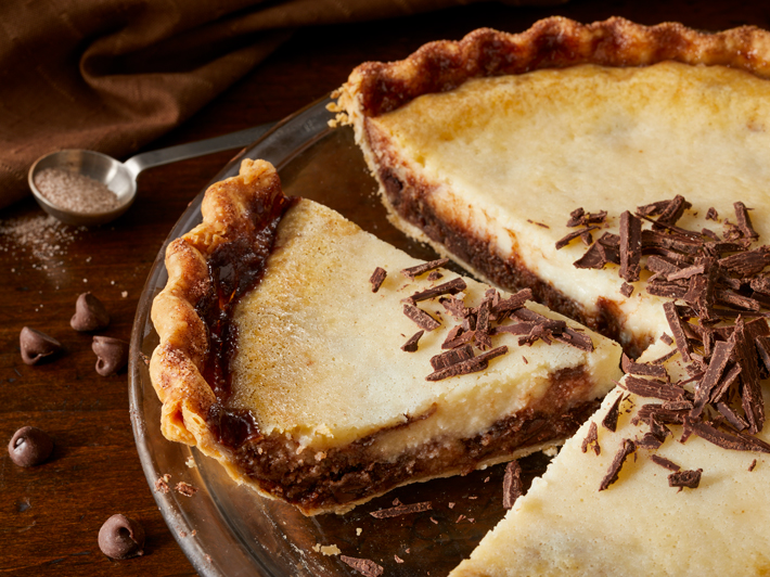 Chocolate Chip Cannoli Pie