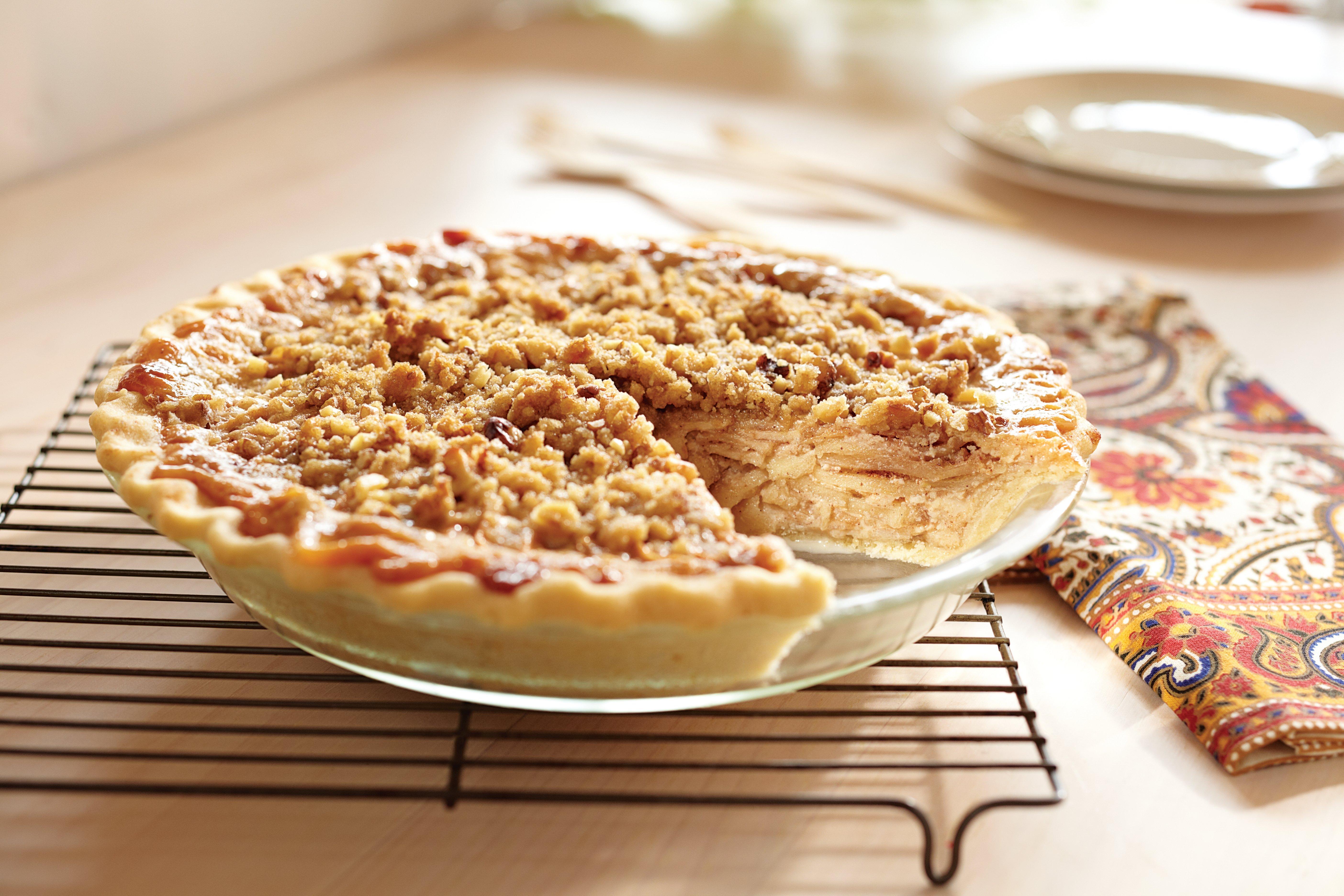 Pastel de Nuez y Manzana con Caramelo